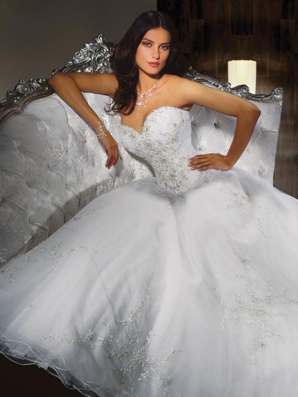 Mari e boutique notre collection de robes mariage tarbes for Boutiques de robe de mariage charleston